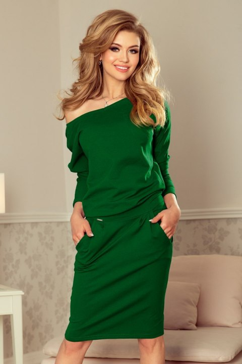 4d90c697ba 189-3 Sukienka dresowa z dekoltem na plecach - ZIELEŃ BUTELKOWA