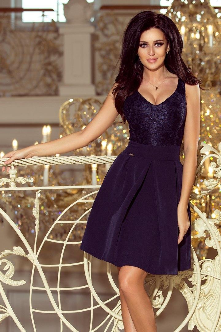 42fd528a BEATRICE Sukienka z koronkowym dekoltem i kontrafałdami - GRANATOWA